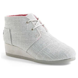 Tom's 'Desert' Wedge Bootie in SILVER (Y12)